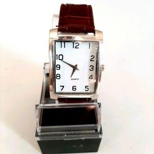 NEW Men's Quartz Watch